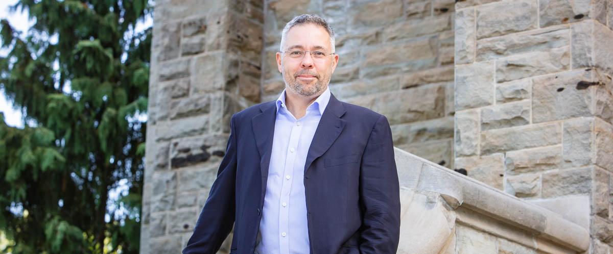 Portrait of Dr. Craig Johnson