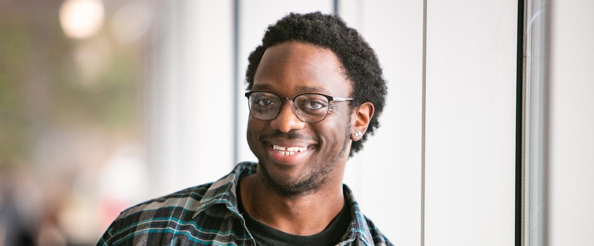 Portrait of graduate student Jordon Bell