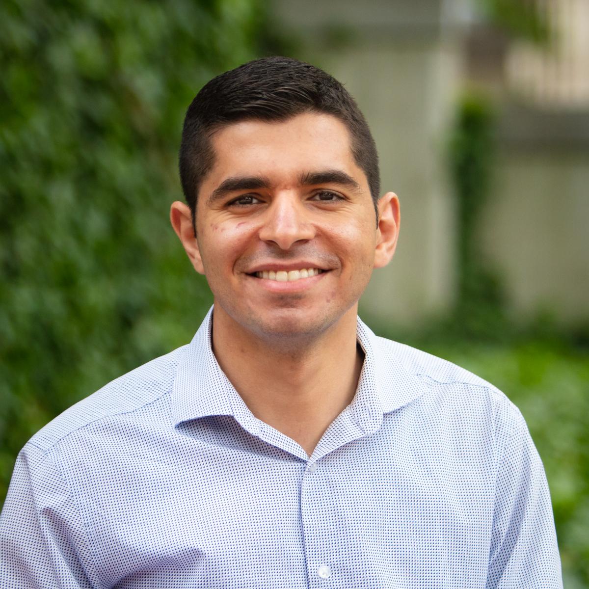 Portrait of Dr. Abdallah Elsayed