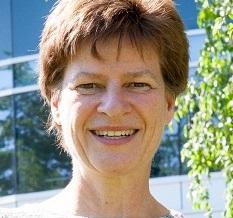 Headshot of Dorothee Bienzle