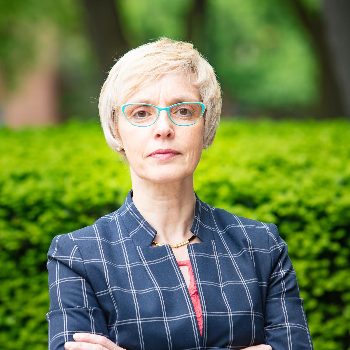 Portrait of Dr. Sandra Parmegiani