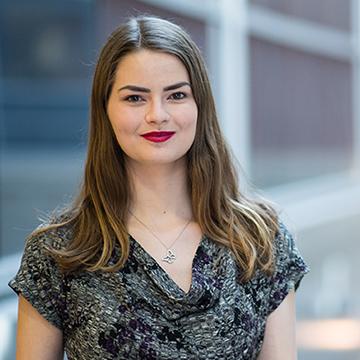 Portrait of Lindsay Plater