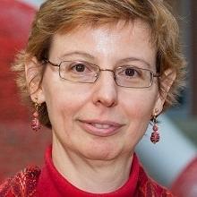 Dr. Paola Mayer